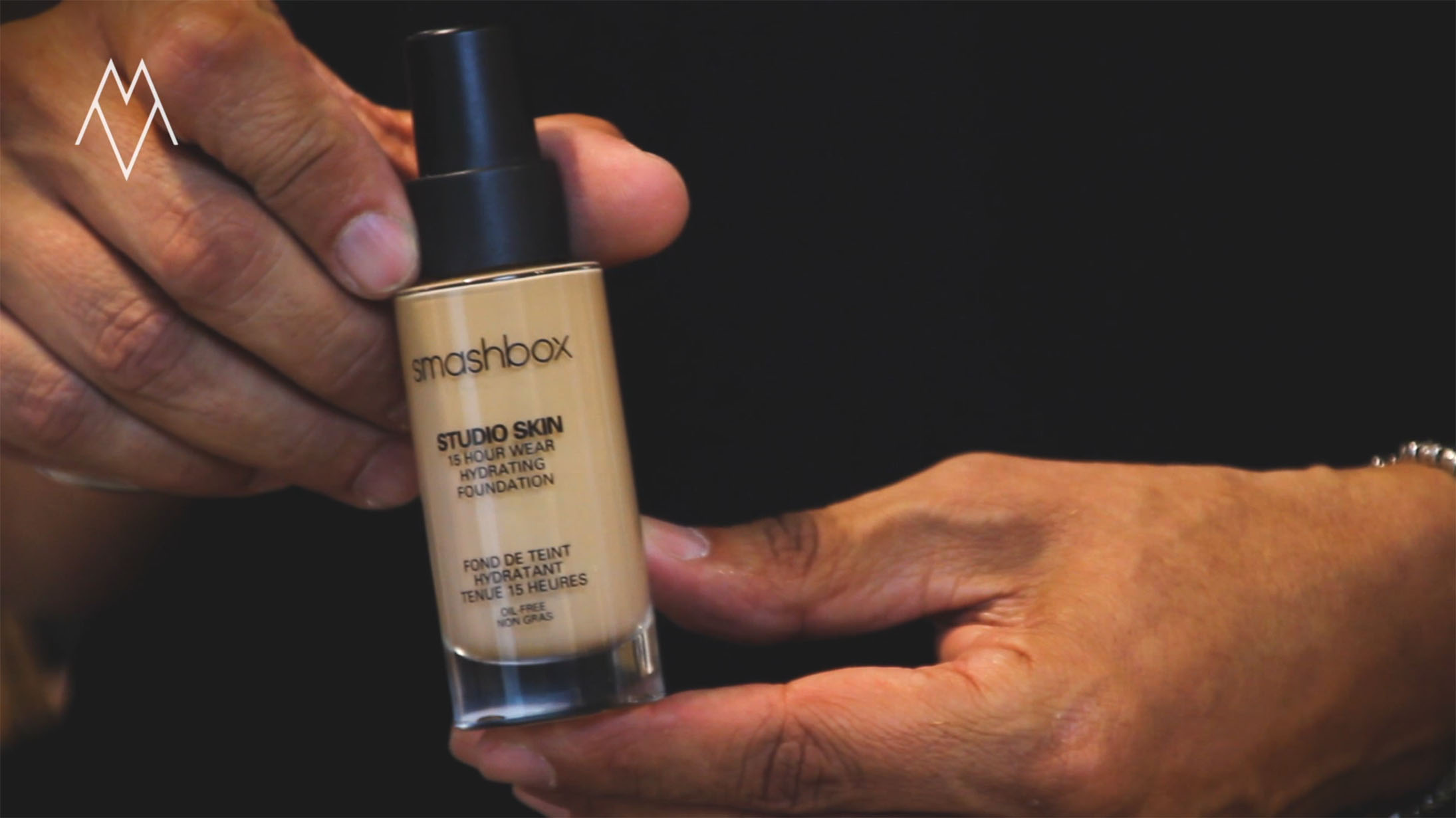 smashbox studio skin foundation liquid 15hour hydrating get