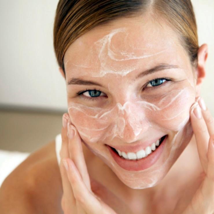 Τα 4 βήματα που πρέπει να κάνουμε πριν το μακιγιάζ