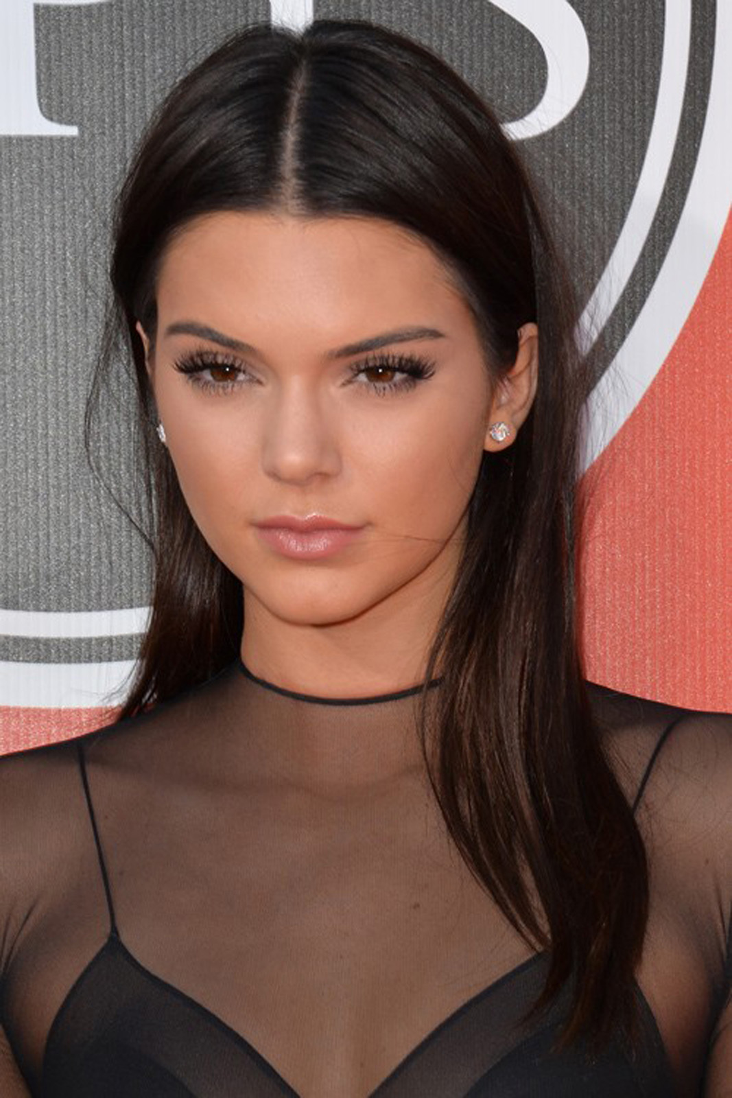 kendall jenner makeup guide